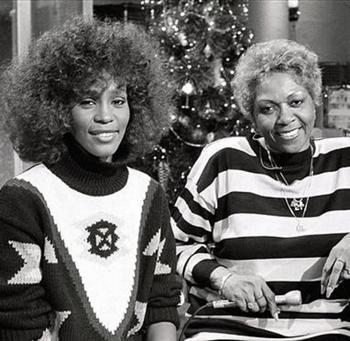 Cissy and Whitney Houston-2.jpg